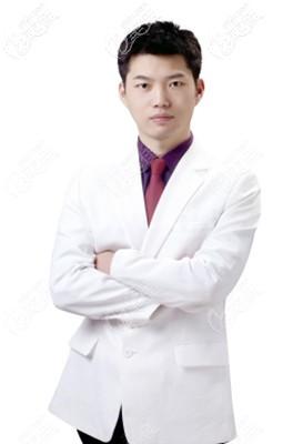 金华瑞丽整形蒋劲文医生