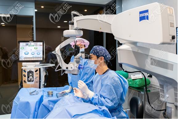 韩国KEYE恺熠眼科医院手术室