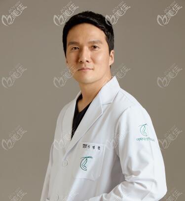 韩国多佳德整形外科代表院长李政勋