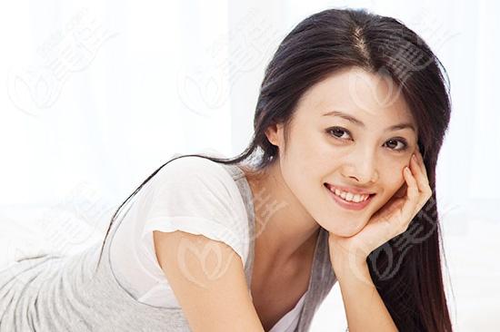 进行牙齿矫正的好处是什么?